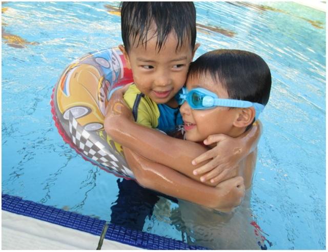 Swim 10 Jun 13